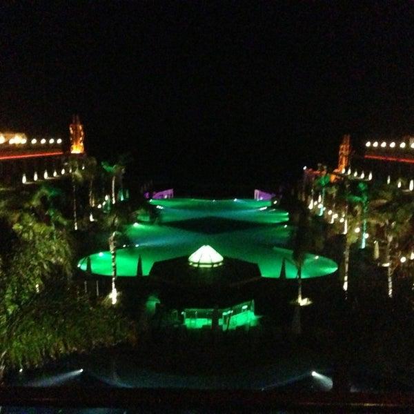 รูปภาพถ่ายที่ Cratos Premium Hotel & Casino โดย Gürkan F. เมื่อ 5/27/2013