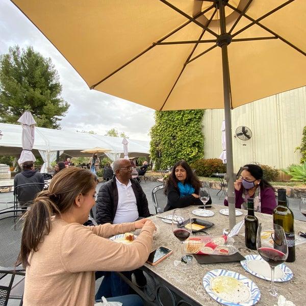 รูปภาพถ่ายที่ Orfila Vineyards and Winery โดย Sahil A. เมื่อ 5/3/2021