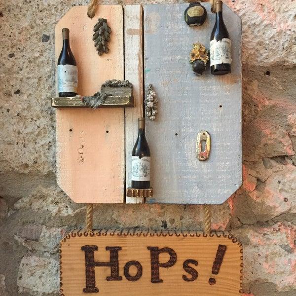 Photo prise au Hops Irish Pub par Dicle Ç. le9/17/2019