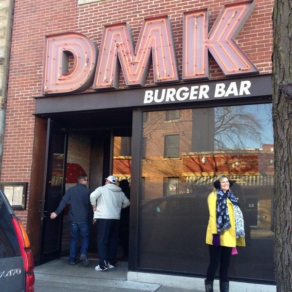 Foto tirada no(a) DMK Burger Bar por A em 1/1/2013