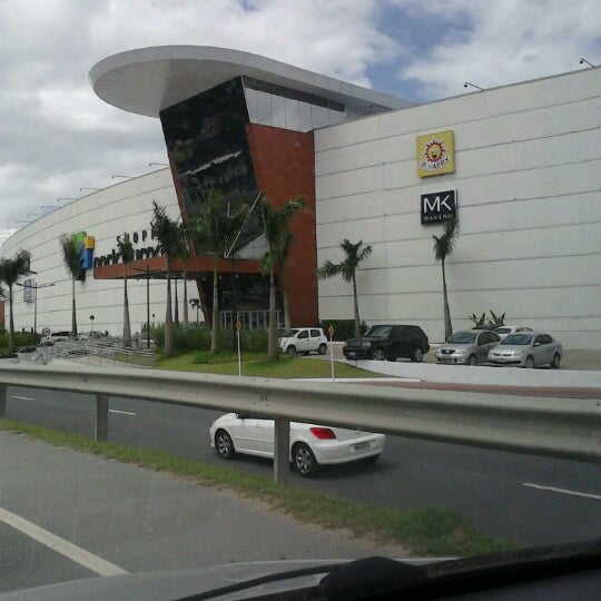 รูปภาพถ่ายที่ Shopping Park Europeu โดย Roberto N. เมื่อ 1/21/2013