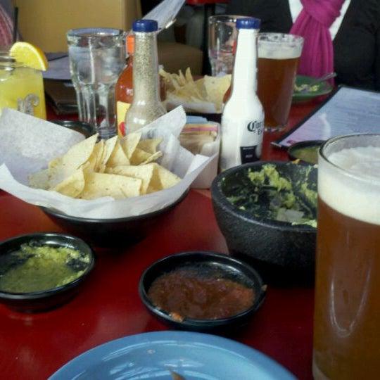 Foto scattata a Paco's Tacos & Tequila da Bruce il 12/29/2010