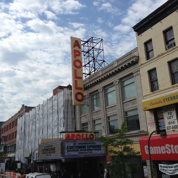 Das Foto wurde bei Apollo Theater von Fernando F. am 5/15/2013 aufgenommen