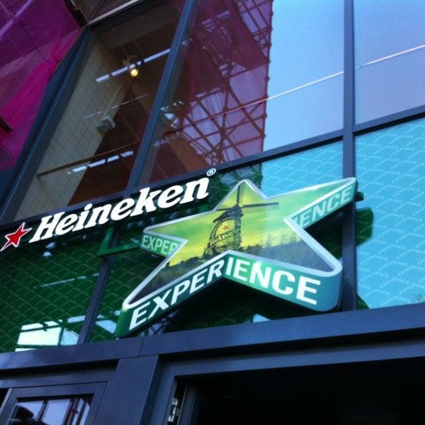 Das Foto wurde bei Heineken Experience von Amanda T. am 4/6/2013 aufgenommen