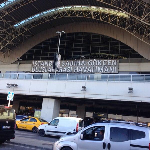 Снимок сделан в Аэропорт Стамбул им. Сабихи Гёкчен (SAW) пользователем Hard L. 10/20/2013