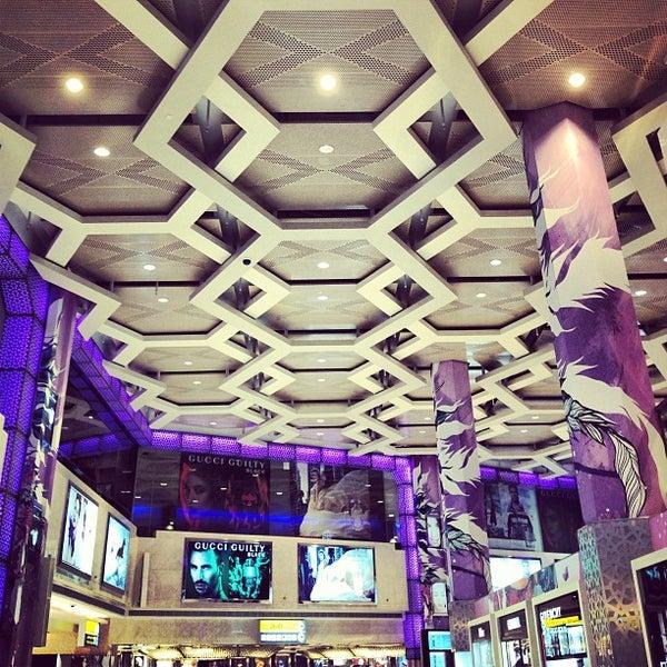 Photo prise au Abu Dhabi International Airport (AUH) par Ko P. le3/31/2013