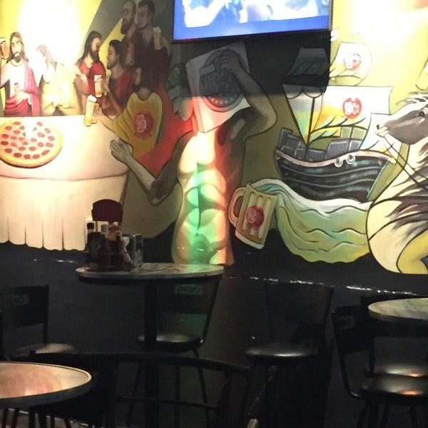 8/8/2015 tarihinde Humberto Hernandezziyaretçi tarafından PizzaBeer'de çekilen fotoğraf