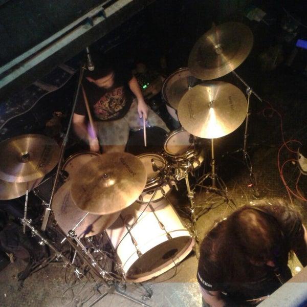 4/6/2013 tarihinde Deniz A.ziyaretçi tarafından Dorock Heavy Metal Club'de çekilen fotoğraf