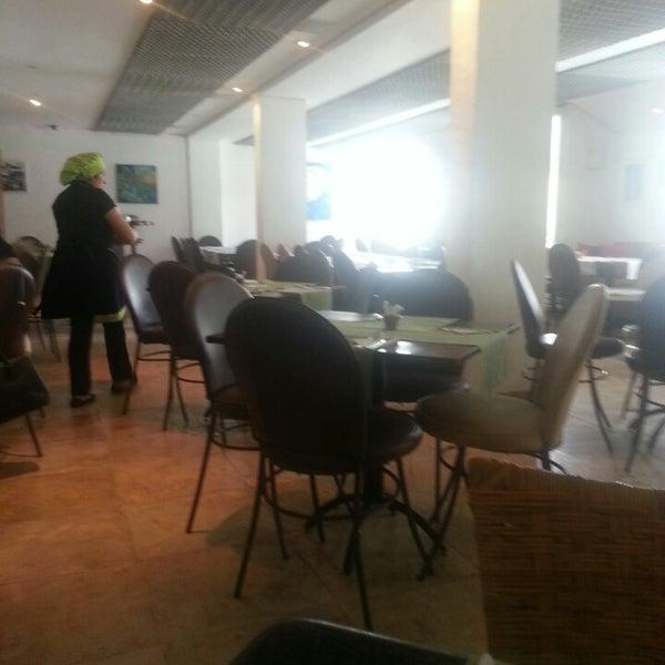 5/6/2014 tarihinde Lígia L.ziyaretçi tarafından Limone Restaurante e Café'de çekilen fotoğraf