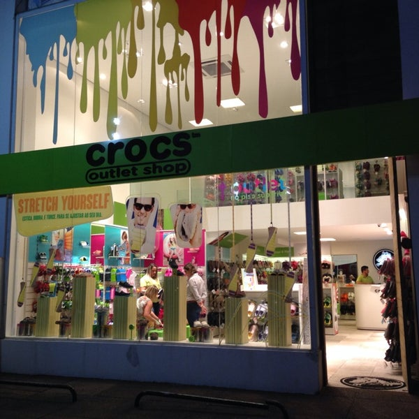 Photo taken at Crocs Outlet Shop by Ismael N. on 8 7 2014 bf623ac375