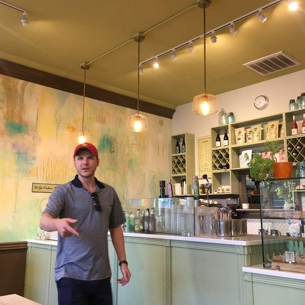 9/2/2019にSara K.がBack to Eden Bakeryで撮った写真