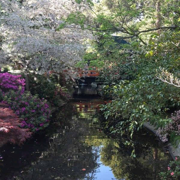 4/6/2013 tarihinde stephanieziyaretçi tarafından Descanso Gardens'de çekilen fotoğraf