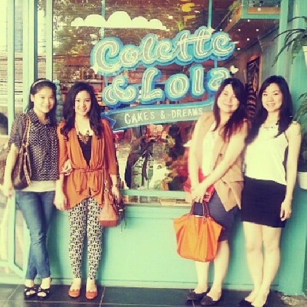 Foto diambil di Colette & Lola oleh Vanie C. pada 7/7/2013