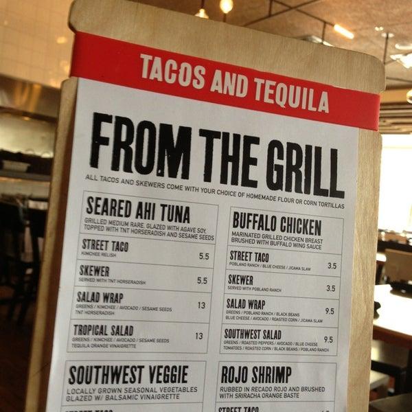 Снимок сделан в TNT - Tacos and Tequila пользователем Christopher J. 3/7/2013