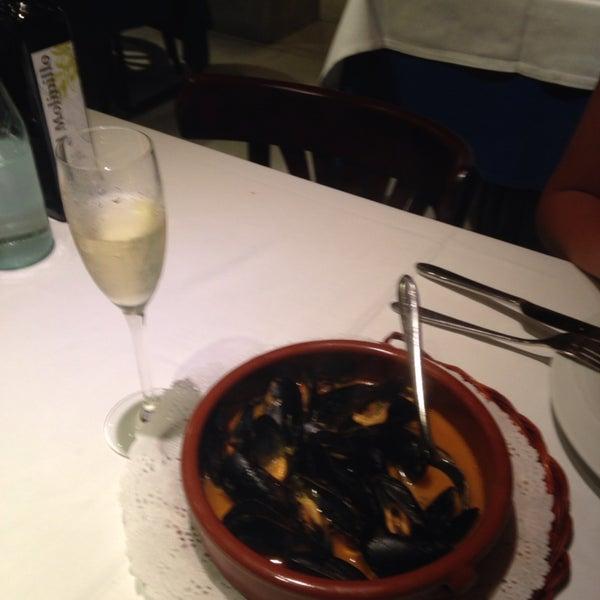 Servis ve yemekler harika... Özellikle marine edilmiş midyeleri tavsiye ederim.