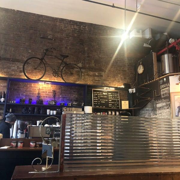 11/26/2018にعيسئがTaszo Espresso Barで撮った写真