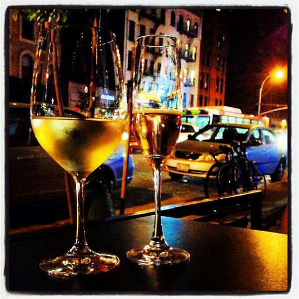 9/15/2013にElizabeth L.がThe Tangled Vine Wine Bar & Kitchenで撮った写真