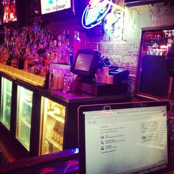 Foto scattata a OT Tavern da Nick M. il 3/29/2013