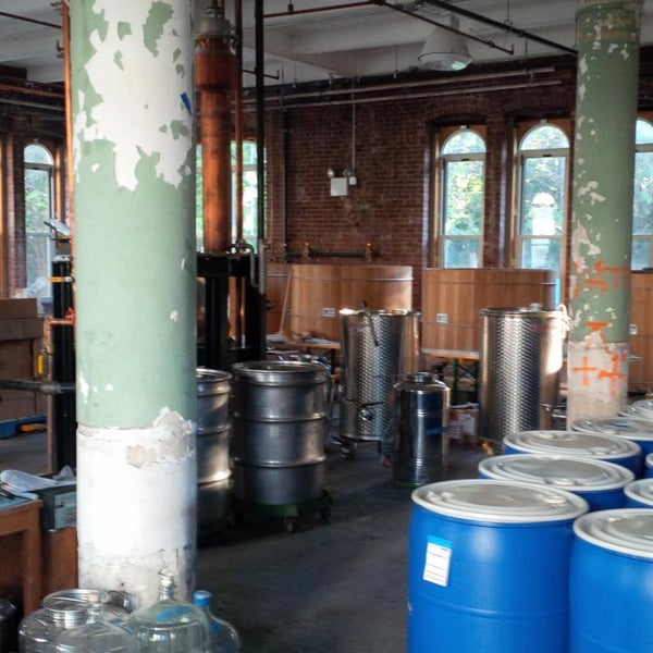 Foto scattata a Kings County Distillery da Ian B. il 9/18/2013