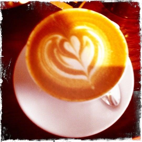 9/29/2012에 Heather D.님이 The Wormhole Coffee에서 찍은 사진