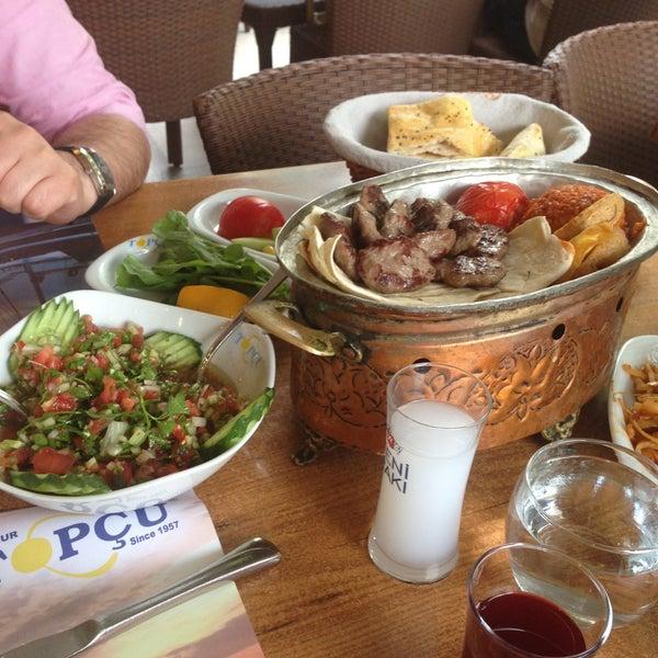 Foto diambil di Topçu Restaurant oleh Oski pada 5/28/2013