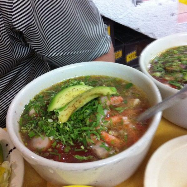 Снимок сделан в Ostionería Mazatlán пользователем Pam H. 4/23/2013