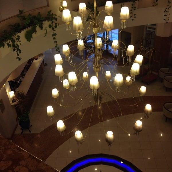 Das Foto wurde bei InterTower Hotel von Albert D. am 9/22/2014 aufgenommen