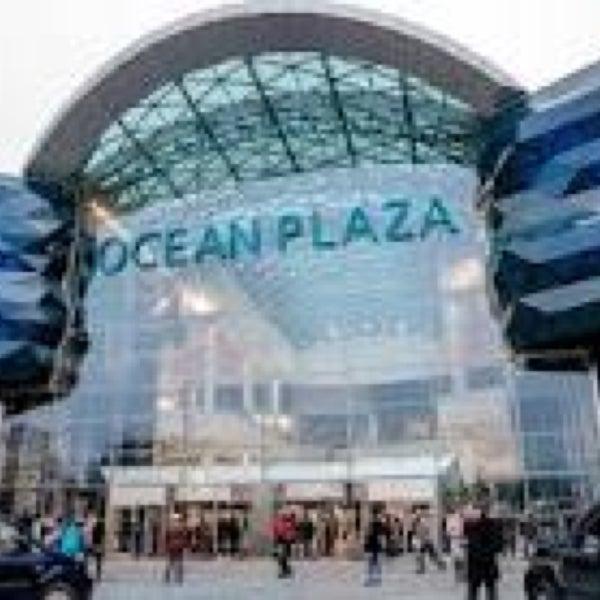 รูปภาพถ่ายที่ Ocean Plaza โดย Жертва Моды เมื่อ 6/4/2013