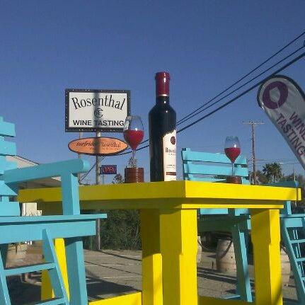 Photo prise au Rosenthal Wine Bar & Patio par Wendy A. le1/20/2013