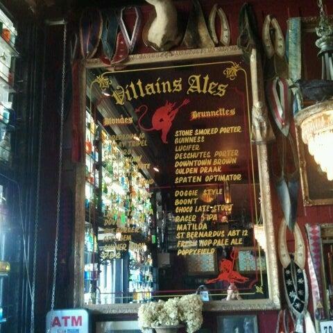 Foto scattata a Villains Tavern da Castulo J. il 6/22/2013