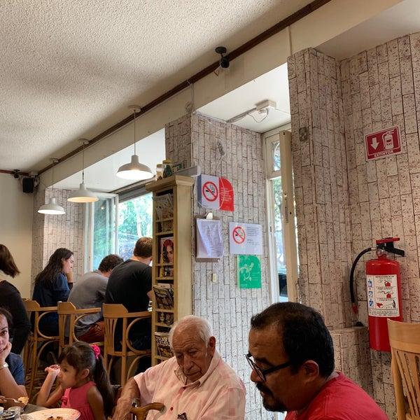 รูปภาพถ่ายที่ Queseria De Mí โดย Greg S. เมื่อ 6/16/2019