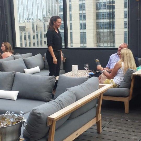 6/17/2014 tarihinde Kevin B.ziyaretçi tarafından MileNorth, A Chicago Hotel'de çekilen fotoğraf