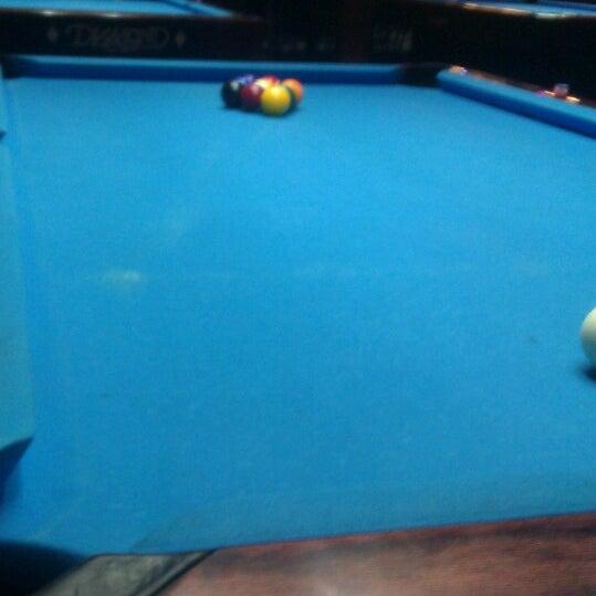 5/12/2013에 Aaron B.님이 Two Stooges Sports Bar & Grill에서 찍은 사진