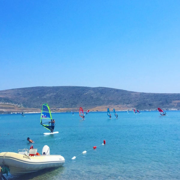 Das Foto wurde bei Alaçatı Surf Paradise Club von Ödül 🇮🇹 am 8/14/2019 aufgenommen
