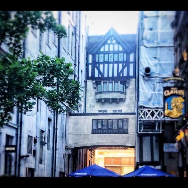 Foto tomada en Liberty of London por Nahla el 6/13/2021