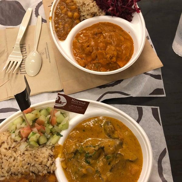 รูปภาพถ่ายที่ Deep Indian Kitchen โดย Wen H. เมื่อ 4/4/2019