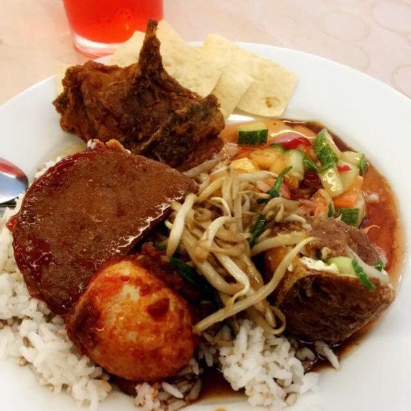 Photos at Warisan Coffee House, MH Hotel  - Asian Restaurant