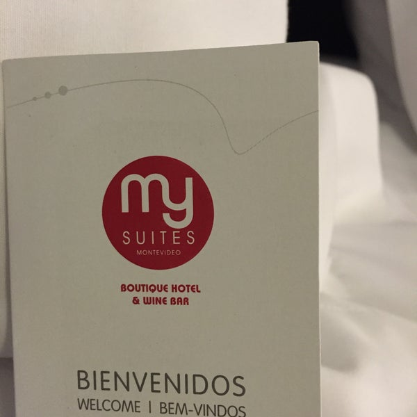 Foto diambil di My Suites Boutique Hotel & Wine Bar Montevideo oleh Mam N. pada 3/4/2015