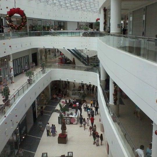 Foto tirada no(a) Shopping Palladium por Marco Q. em 12/29/2012