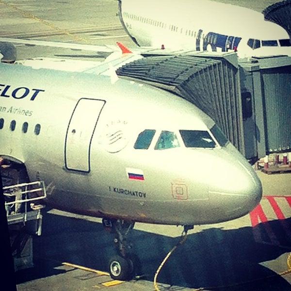 6/22/2013에 Евгений Р.님이 바르샤바 쇼팽 공항 (WAW)에서 찍은 사진