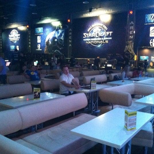 7/21/2012 tarihinde Sergey Y.ziyaretçi tarafından Киберcпорт Арена'de çekilen fotoğraf