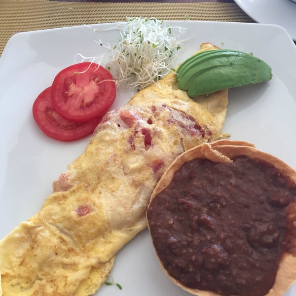 Delicious omlets.. We love their breakfasts. However the their hotel is not good enough