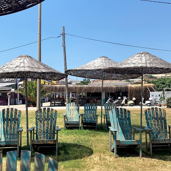 Das Foto wurde bei Alaçatı Surf Paradise Club von Kübra am 6/8/2019 aufgenommen