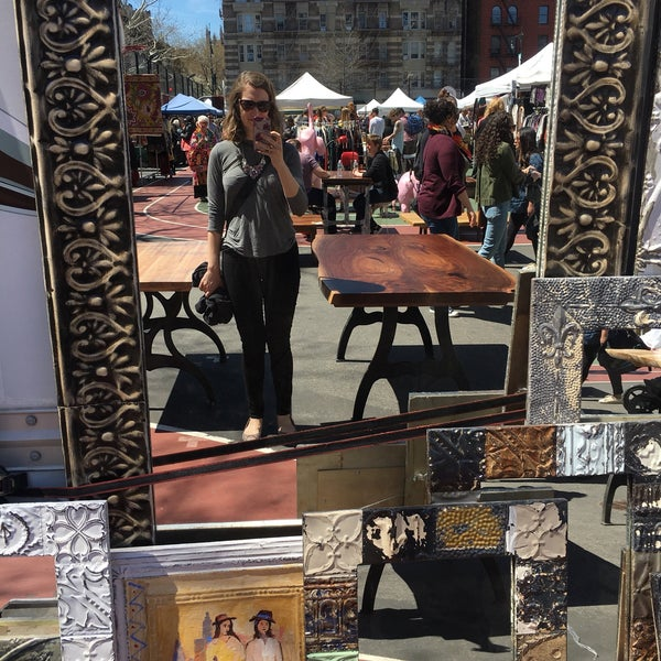 4/22/2018에 Bethany C.님이 Grand Bazaar NYC에서 찍은 사진