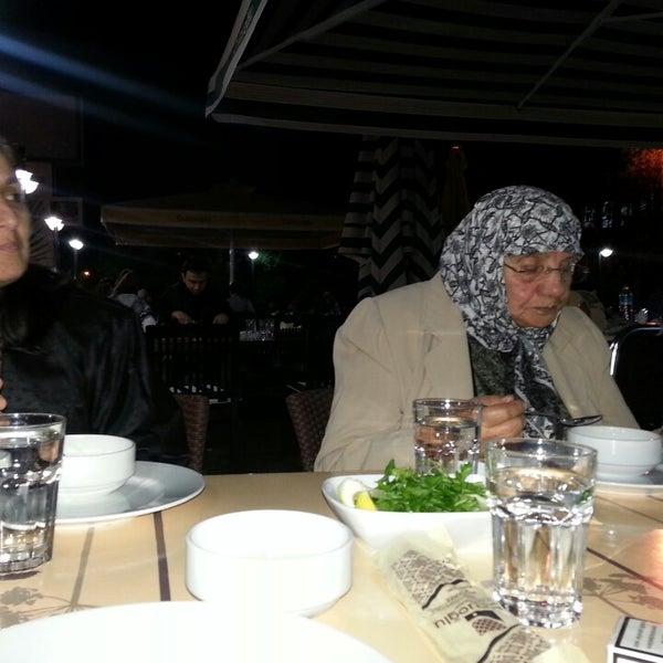 Снимок сделан в Çulcuoğlu Restaurant пользователем Ömer B. 4/28/2013