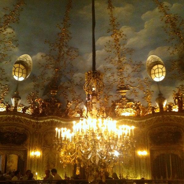 6/7/2013 tarihinde Anton M.ziyaretçi tarafından Turandot'de çekilen fotoğraf