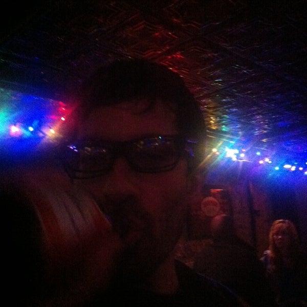 Photo prise au Formerly Crow's par Lj R. le12/22/2013