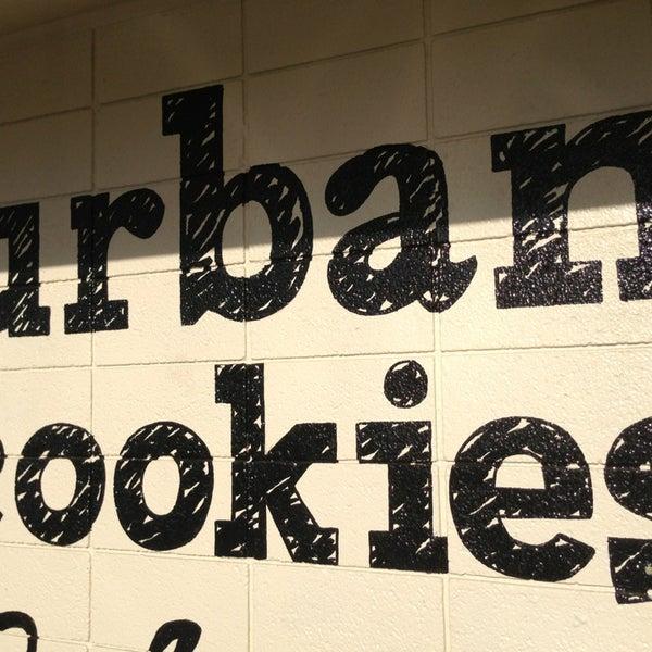 Снимок сделан в Urban Cookies Bakeshop пользователем Alena F. 4/4/2013