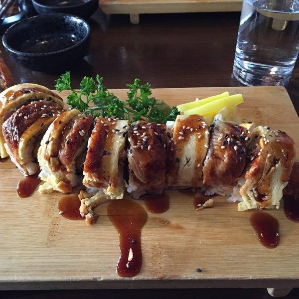 6/2/2016 tarihinde Nina A.ziyaretçi tarafından Banyi Japanese Dining'de çekilen fotoğraf