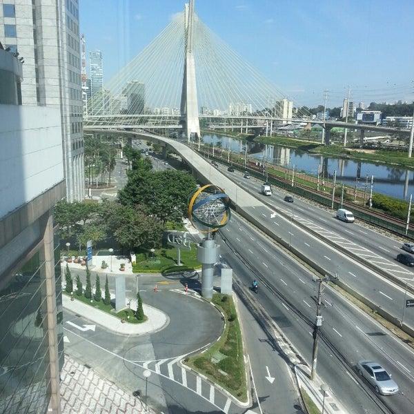 Foto scattata a Sheraton São Paulo WTC Hotel da Flávio M. il 5/4/2013